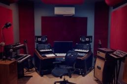 Room Prince Flux Studios